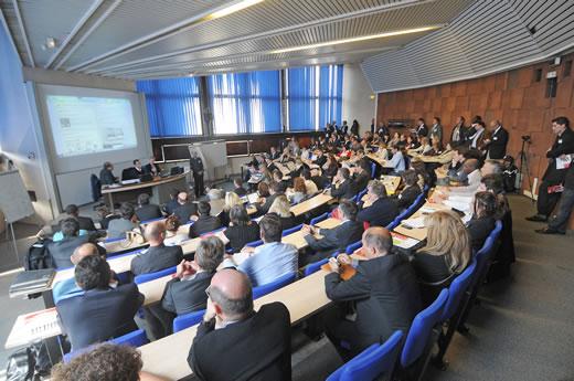 Forum Networking Conférences Réseaux Sociaux